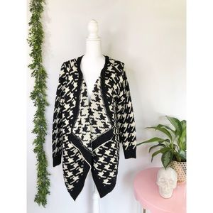 36 point 5 Houndstooth cardigan